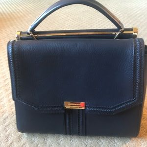 BCBG Handbag.. Never used.. excellent condition.